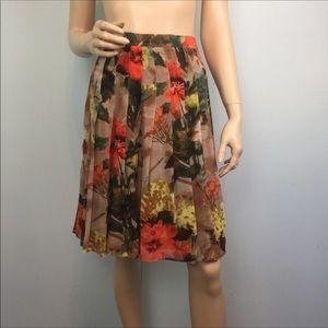 Burberry London Floral Silk Pleated Full Skirt 8